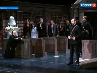 На сцене Астраханского театра оперы и балета прозвучала «Тоска» Пуччини