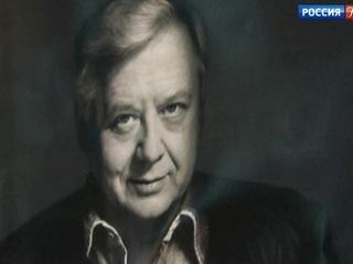 В Московский художественный театр имени Чехова продолжают поступать соболезнования