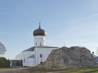 Возобновлены работы по реставрации Собора Рождества Богородицы Снетогорского монастыря