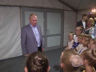 Владимир Путин посетил Академию хореографии Севастополя