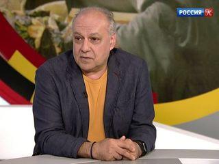 Интервью с куратором выставки «Живопись через призму кинематографа» Аддисом Гаджиевым