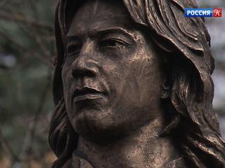 Памятник Хворостовскому открыли на Новодевичьем кладбище в день рождения певца