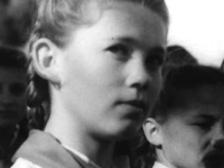 1301 день вдали от дома: фильм о самой длинной смене детского лагеря показали в Крыму