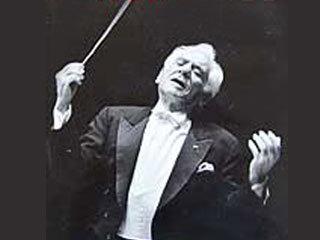 a biography of leonard bernstein an american composer