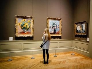Запрет на групповое посещение музеев продлится в течение двух месяцев со дня их открытия