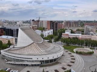 90 лет исполняется Новосибирскому театру «Глобус»