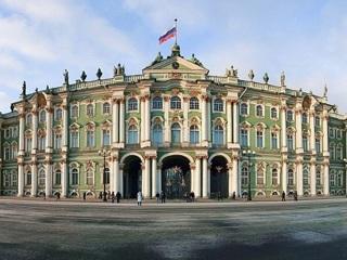 Директор Эрмитажа заявил, что музей не должен принимать неограниченное количество посетителей