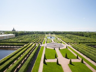 Музей-заповедник «Петергоф» начинает реставрацию Верхнего сада, основанного Петром Великим