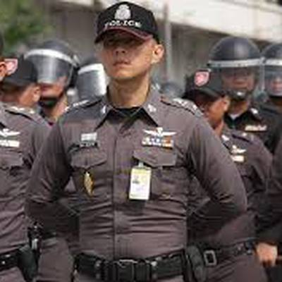 Предположительно семеро россиян ограбили обменный пункт на Бали