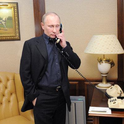 Путин и Пашинян обсудили по телефону актуальные темы двусторонней повестки дня