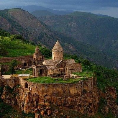 Владимир Путин по телефону обсудил с Арменом Саркисяном текущую ситуацию в Армении