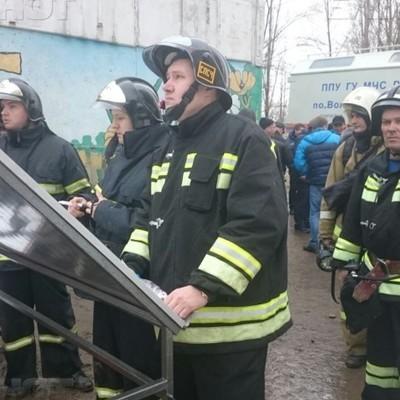 Жильцов многоэтажки в городе Покачи в Югре эвакуировали из-за провала плит на крыше