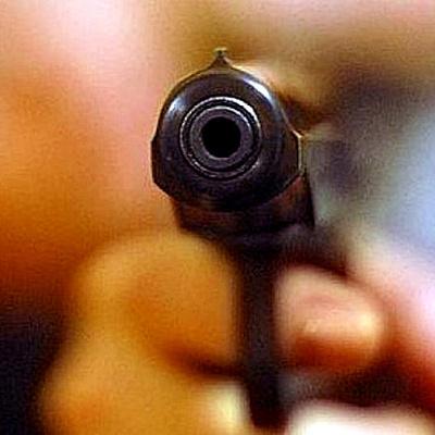 В Калининграде мужчине прострелили руку за просьбу не парковаться на местах для инвалидов