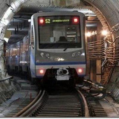 В Московском метро устанавливают ударопрочное стекло