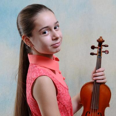 Дарья Манза