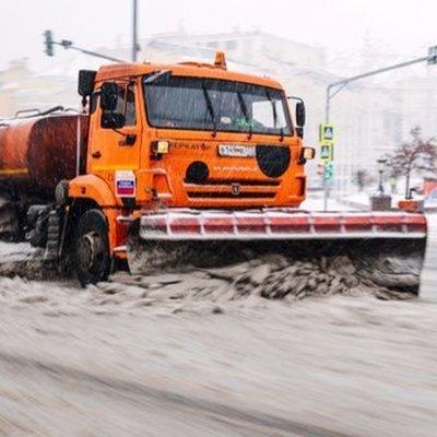 Коммунальщики Москвы за суткивывезли более 200тысяч кубометров снега