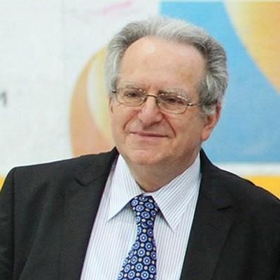 Александр Лакерник