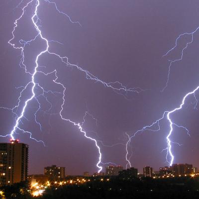Дожди и грозы обещают синоптики в последнюю неделю июня в Москве