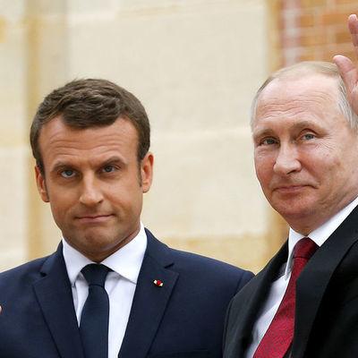 Владимир Путин посетит сегодня с рабочим визитом Францию