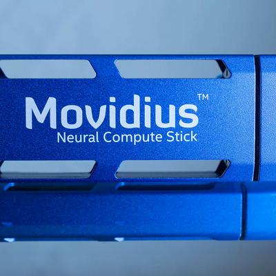 Компания Intel анонсировала USB-ускоритель искусственного интеллекта для абсолютно любого ПК