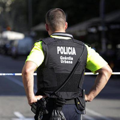 Рабочие порта Барселоны отказались принимать суда Гражданской гвардии и полиции