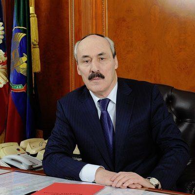 Глава Дагестана Рамазан Абдулатипов намерен сложить полномочия