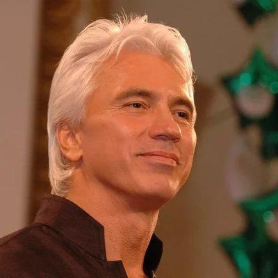 Прощание с оперным певцом Дмитрием Хворостовским пройдет в Москве