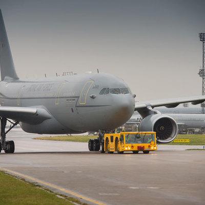 СамолетВВС Великобритании прибыл в Аргентинудля поискаисчезнувшей подлодки