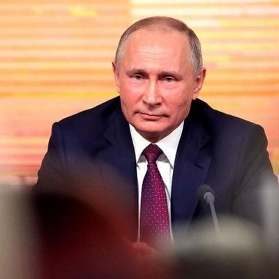 Путин призвал парламентариев укреплять связь с институтами гражданского общества