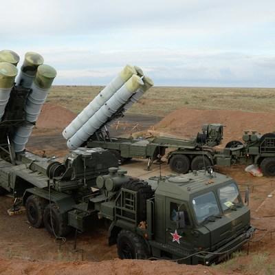 Кремль считает непозволительным ультиматум США Турции в связи с покупкой С-400