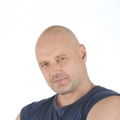Дмитрий Артаев
