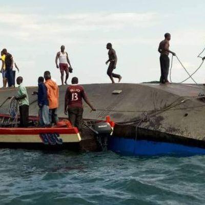 Число погибших при крушении пассажирского парома на озере Виктория в Танзании возросло до 209