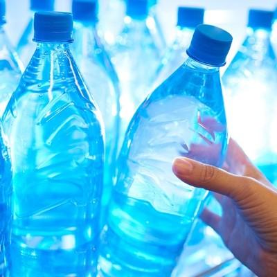 Для поддержания работоспособности мозга в первую очередь необходима вода