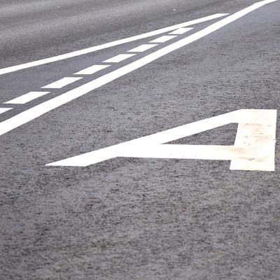 На пяти магистралях Москвы появятся новые выделенные полосы