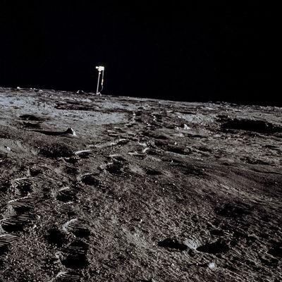 Россия начнет строить посещаемую лунную базу после 2030 года