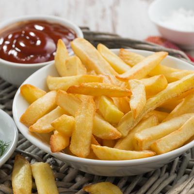 Бельгиец побил мировой рекорд по непрерывной жарке картофеля фри