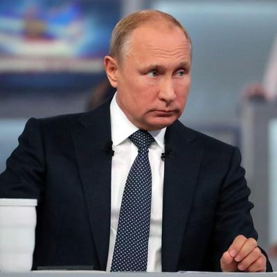 Путин: спрос с чиновников за нарушения должен быть особый