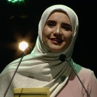 Писательница из Омана стала лауреатом Букеровской премии
