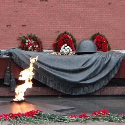 Путин 22 июня возложит цветы к Могиле Неизвестного Солдата