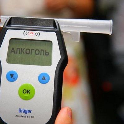 Минздрав предложил проверять работников на употребление алкоголя