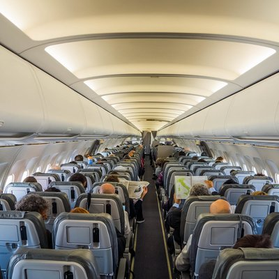 Airbus А321 российской авиакомпании не смог приземлиться в болгарской Варне с первой попытки