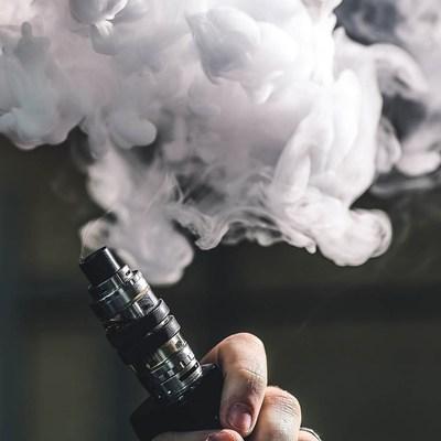 Определена причина заболеваний от электронных сигарет