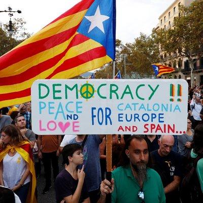 В Каталонии во время акций протеста пострадали более 180 человек