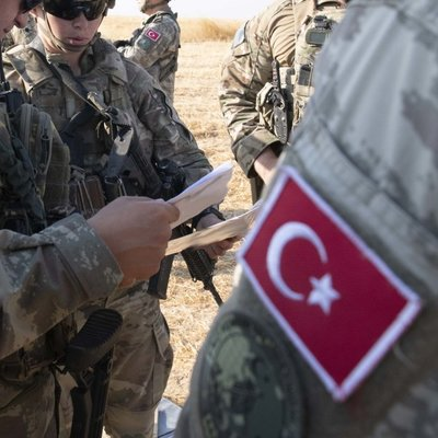 Сирийская армия вошла в город Кобани на границе с Турцией