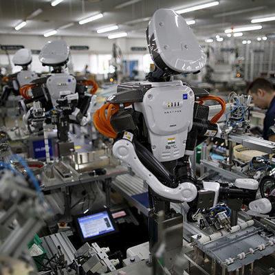 Роботы-полицейские могут появиться на службе в российской полиции к 2030 году