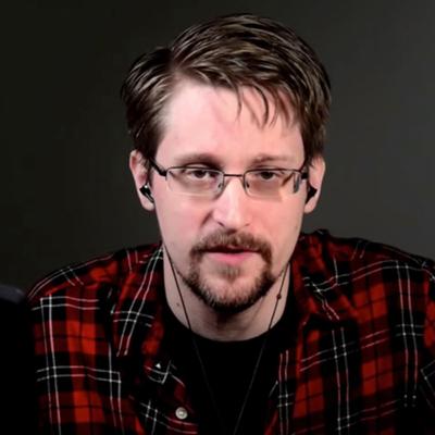Эдвард Сноуден скоростанет отцом