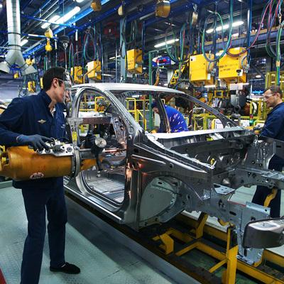 Компания АвтоВАЗ приняла решение отозвать более 90 тысячавтомобилей Lada