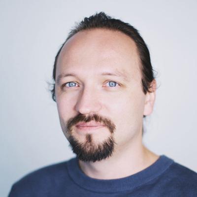 Максим Бушмелёв