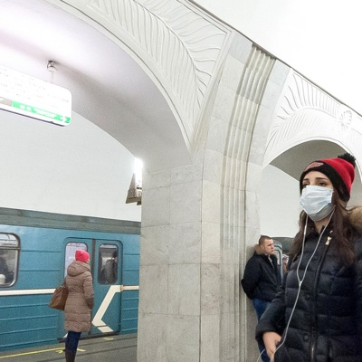 Врач-инфекционист объяснил рост заболеваемости COVID-19 в Москве