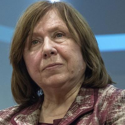 Член президиума Координационногосоветабелорусской оппозиции Светлана Алексиевич уехала в Германию